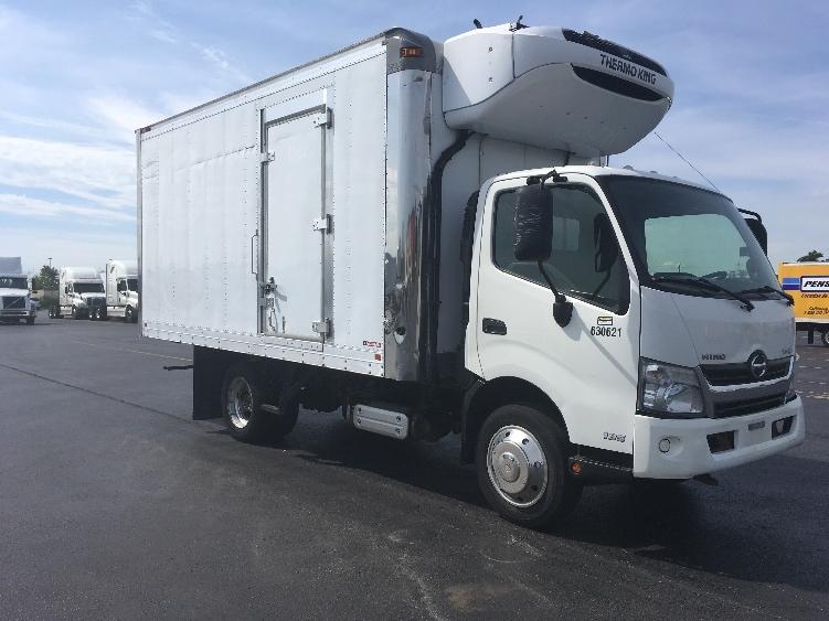 Reefer Truck-Light and Medium Duty Trucks-Hino-2012-195-MISSISSAUGA-ON-141,874 km-$37,250