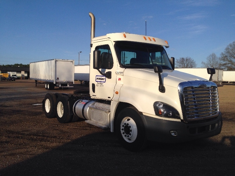 Day Cab Tractor-Heavy Duty Tractors-Freightliner-2012-Cascadia 12564ST-JACKSON-MS-251,338 miles-$47,250