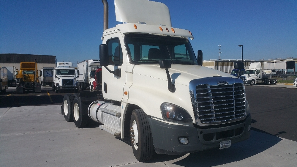 Day Cab Tractor-Heavy Duty Tractors-Freightliner-2012-Cascadia 12564ST-RICHLAND-MS-235,579 miles-$47,250