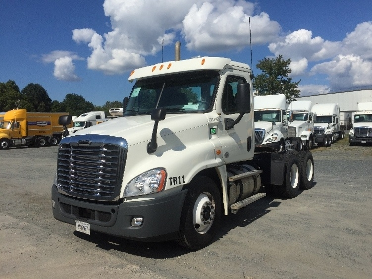 Day Cab Tractor-Heavy Duty Tractors-Freightliner-2012-Cascadia 12564ST-CHARLOTTE-NC-230,144 miles-$47,250