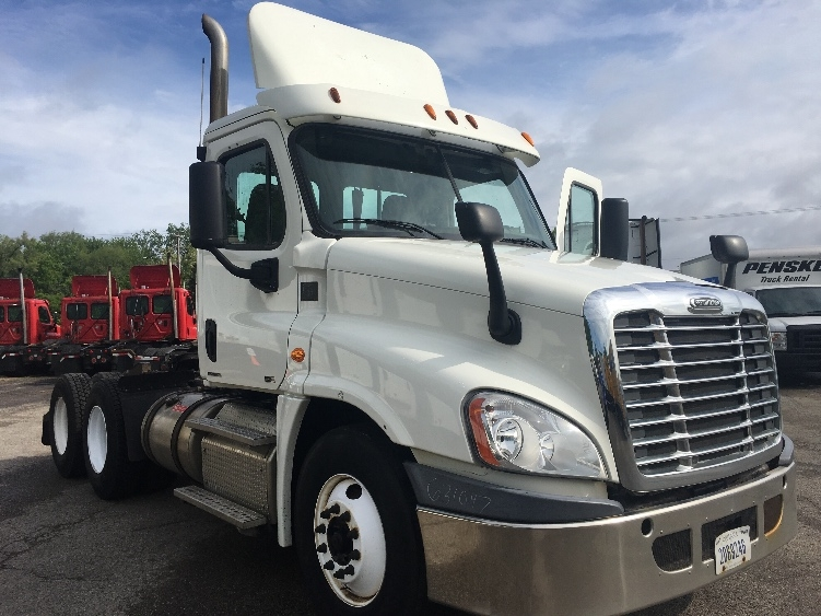 Day Cab Tractor-Heavy Duty Tractors-Freightliner-2012-Cascadia 12564ST-GRAND RAPIDS-MI-220,981 miles-$42,750