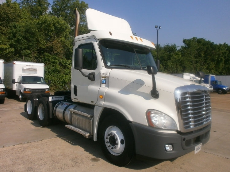 Day Cab Tractor-Heavy Duty Tractors-Freightliner-2012-Cascadia 12564ST-POPLAR BLUFF-MO-492,370 miles-$34,500