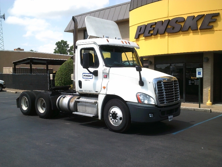 Day Cab Tractor-Heavy Duty Tractors-Freightliner-2012-Cascadia 12564ST-JACKSON-TN-535,013 miles-$31,750