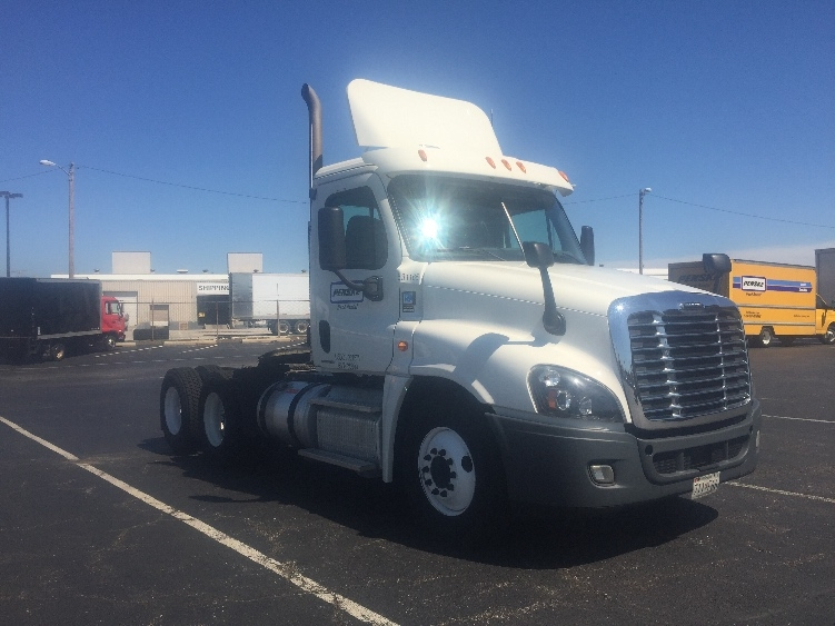 Day Cab Tractor-Heavy Duty Tractors-Freightliner-2012-Cascadia 12564ST-JESSUP-MD-338,688 miles-$38,500