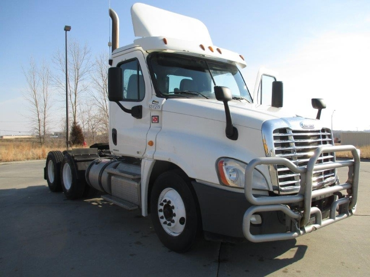 Day Cab Tractor-Heavy Duty Tractors-Freightliner-2012-Cascadia 12564ST-LINCOLN-NE-468,874 miles-$36,000
