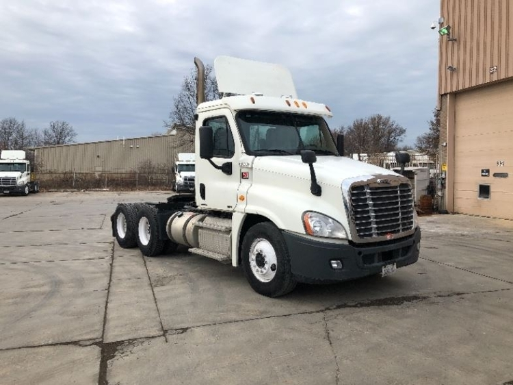 Heavy Duty Truck For Sale Ohio >> Used Heavy Duty Tractors Trucks In Oh For Sale Penske Used Trucks