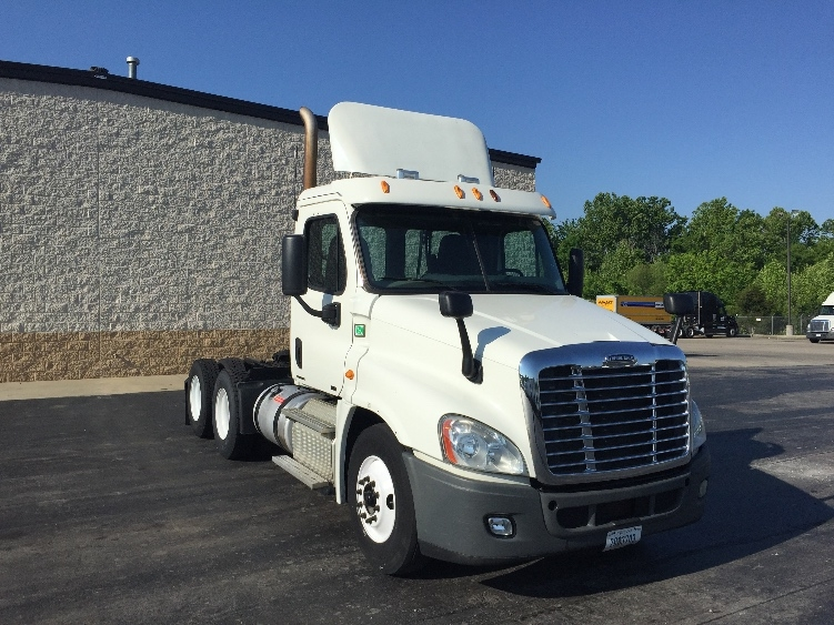 Day Cab Tractor-Heavy Duty Tractors-Freightliner-2012-Cascadia 12564ST-LA VERGNE-TN-644,052 miles-$29,500