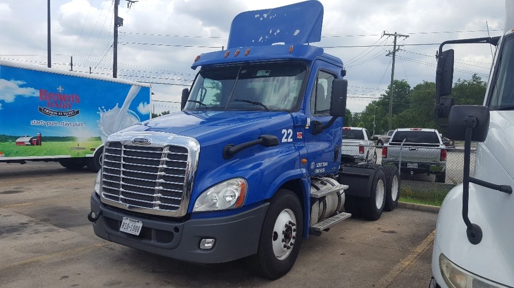 Day Cab Tractor-Heavy Duty Tractors-Freightliner-2012-Cascadia 12564ST-HAMMOND-LA-313,546 miles-$44,250