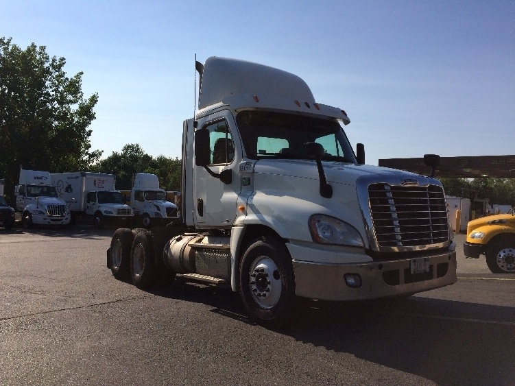Day Cab Tractor-Heavy Duty Tractors-Freightliner-2012-Cascadia 12564ST-WESTFIELD-MA-532,095 miles-$28,500