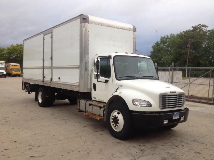 Medium Duty Box Truck-Light and Medium Duty Trucks-Freightliner-2012-M2-HARTFORD-CT-171,346 miles-$42,750