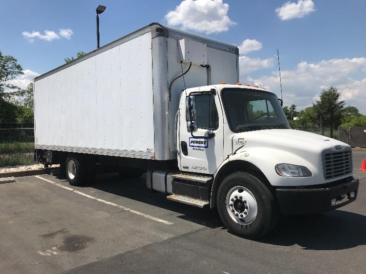 Medium Duty Box Truck-Light and Medium Duty Trucks-Freightliner-2012-M2-NEW CASTLE-DE-284,860 miles-$23,500