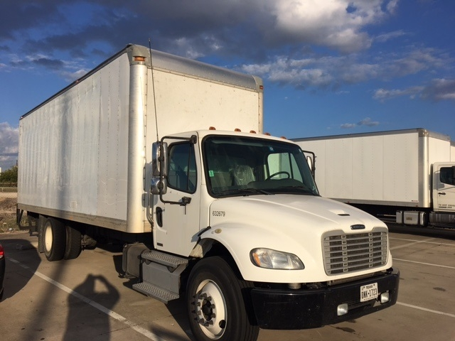 Medium Duty Box Truck-Heavy Duty Tractors-Freightliner-2012-M2-ARLINGTON-TX-304,587 miles-$10,000
