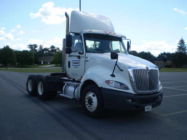 Day Cab Tractor-Heavy Duty Tractors-International-2012-ProStar-LINDEN-NJ-147,699 miles-$39,500