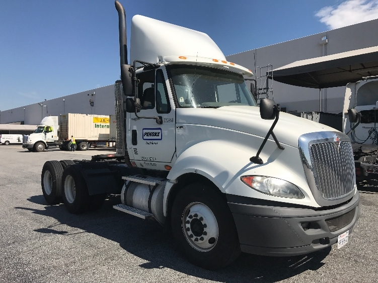 Day Cab Tractor-Heavy Duty Tractors-International-2012-ProStar-CITY OF INDUSTRY-CA-186,755 miles-$38,750