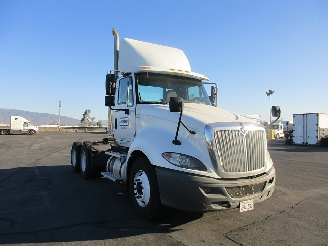 Day Cab Tractor-Heavy Duty Tractors-International-2012-ProStar-TORRANCE-CA-210,601 miles-$22,500