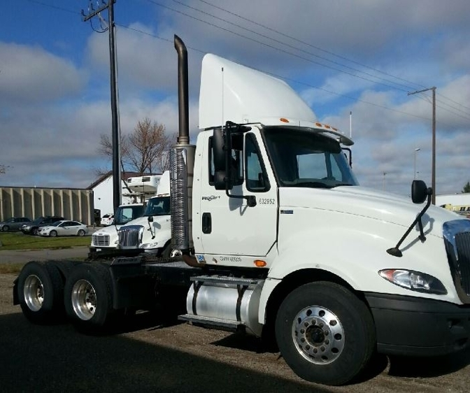 Day Cab Tractor-Heavy Duty Tractors-International-2012-ProStar-FARGO-ND-136,027 miles-$48,000