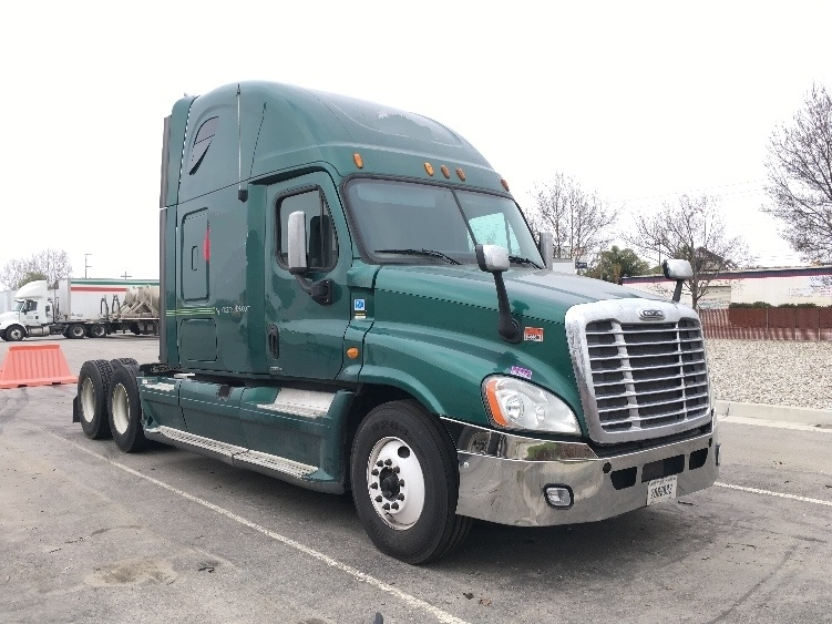 Sleeper Tractor-Heavy Duty Tractors-Freightliner-2012-Cascadia 12564ST-INDIANAPOLIS-IN-522,191 miles-$18,000