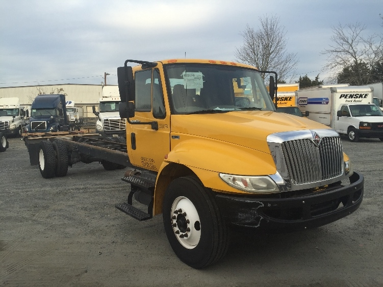 Cab and Chassis Truck-Light and Medium Duty Trucks-International-2012-4300-CHARLOTTE-NC-155,000 miles-$23,250