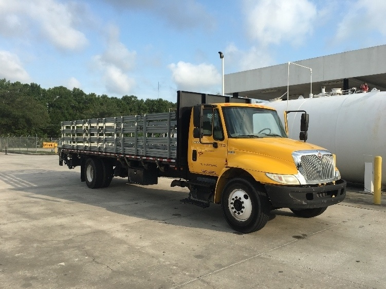 Flatbed Truck-Light and Medium Duty Trucks-International-2012-4300-TAMPA-FL-148,343 miles-$35,750