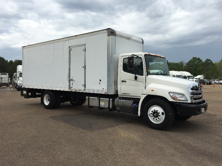 Medium Duty Box Truck-Light and Medium Duty Trucks-Hino-2013-268-JACKSON-MS-258,844 miles-$29,500