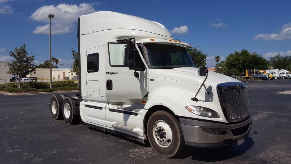 Sleeper Tractor-Heavy Duty Tractors-International-2012-ProStar-SAINT PETERSBURG-FL-374,335 miles-$25,000