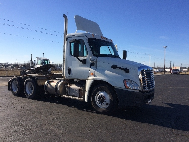 Day Cab Tractor-Heavy Duty Tractors-Freightliner-2012-Cascadia 12564ST-RICHMOND-IN-116,835 miles-$50,000