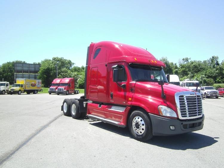Sleeper Tractor-Heavy Duty Tractors-Freightliner-2012-Cascadia 12564ST-SMYRNA-TN-715,417 miles-$32,250