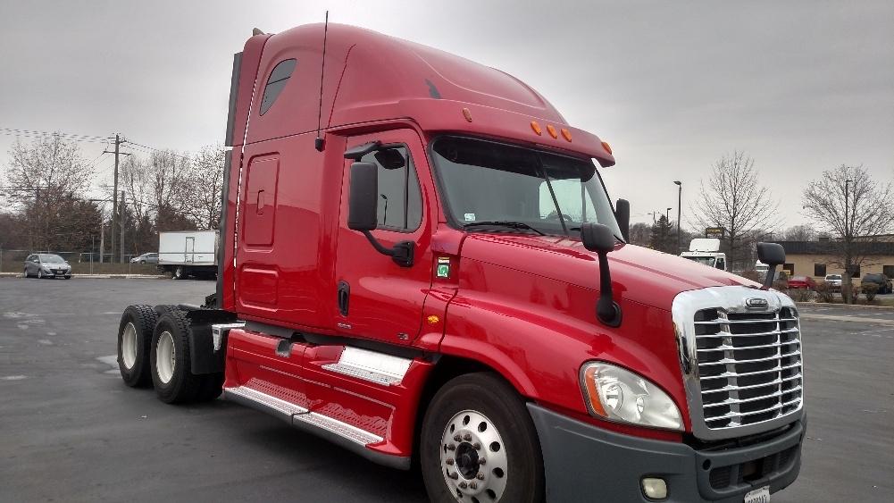 Sleeper Tractor-Heavy Duty Tractors-Freightliner-2012-Cascadia 12564ST-NEW CASTLE-DE-725,106 miles-$31,500