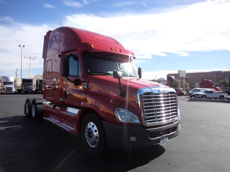 Sleeper Tractor-Heavy Duty Tractors-Freightliner-2012-Cascadia 12564ST-LAS VEGAS-NV-625,753 miles-$33,000