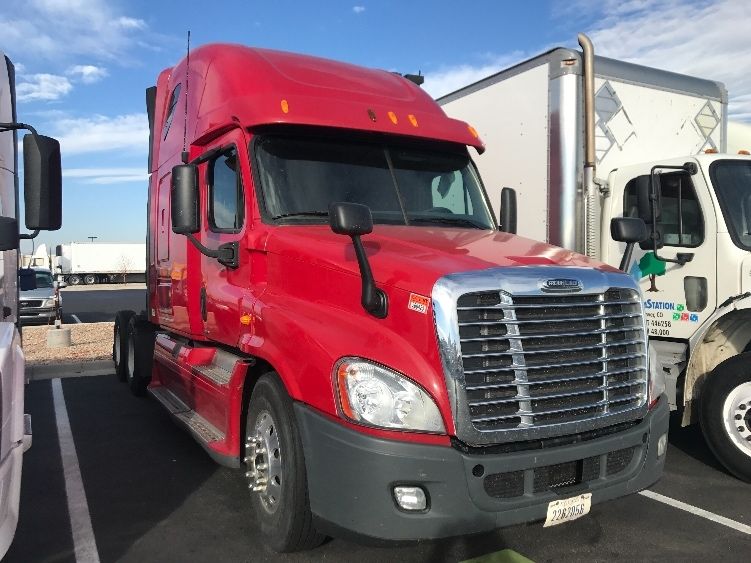 Sleeper Tractor-Heavy Duty Tractors-Freightliner-2012-Cascadia 12564ST-DENVER-CO-584,070 miles-$35,250