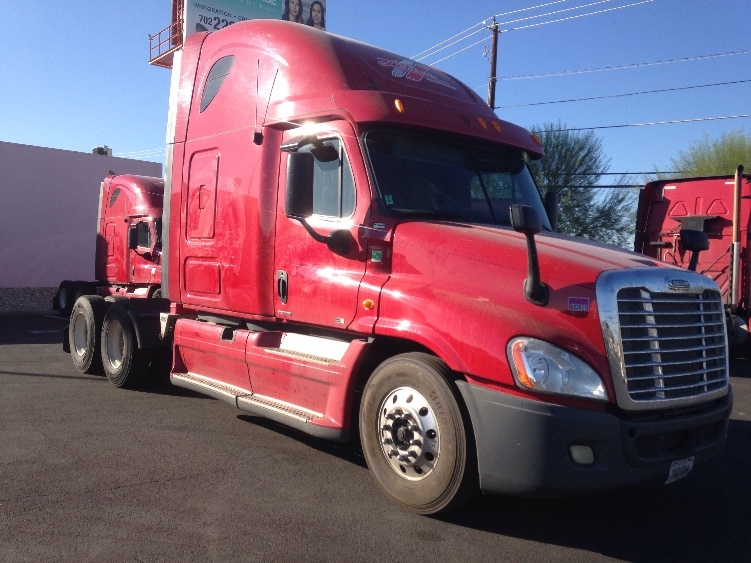 Sleeper Tractor-Heavy Duty Tractors-Freightliner-2012-Cascadia 12564ST-LAS VEGAS-NV-644,299 miles-$32,000