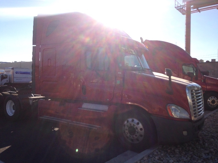 Sleeper Tractor-Heavy Duty Tractors-Freightliner-2012-Cascadia 12564ST-LAS VEGAS-NV-590,904 miles-$34,750