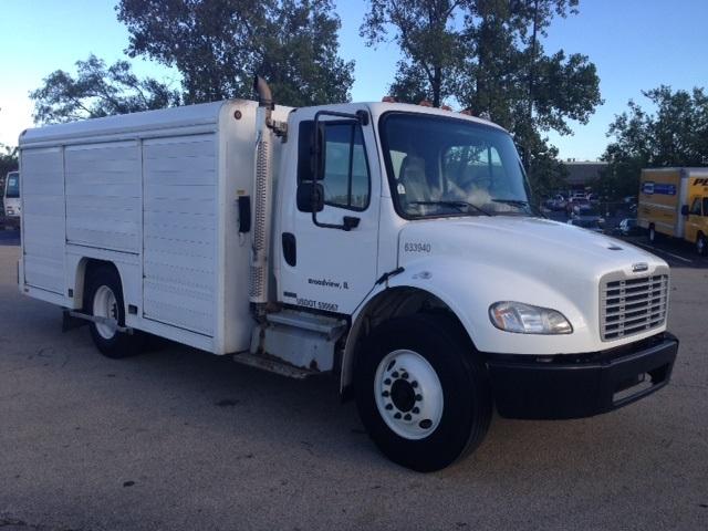 Beverage Truck-Light and Medium Duty Trucks-Freightliner-2012-M2-ROMEOVILLE-IL-228,730 miles-$33,750