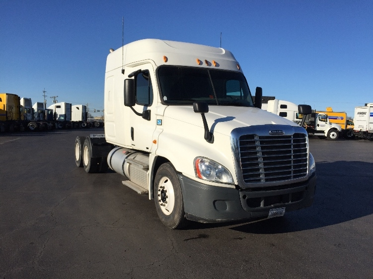 Sleeper Tractor-Heavy Duty Tractors-Freightliner-2012-Cascadia 12564ST-TULSA-OK-357,432 miles-$42,750