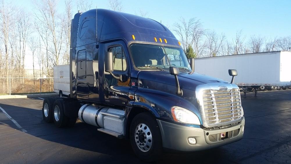 Sleeper Tractor-Heavy Duty Tractors-Freightliner-2012-Cascadia 12564ST-BENSALEM-PA-560,771 miles-$37,750