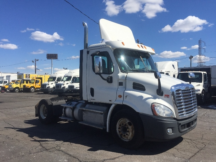 Day Cab Tractor-Heavy Duty Tractors-Freightliner-2012-Cascadia 11342ST-LINDEN-NJ-190,397 miles-$41,500