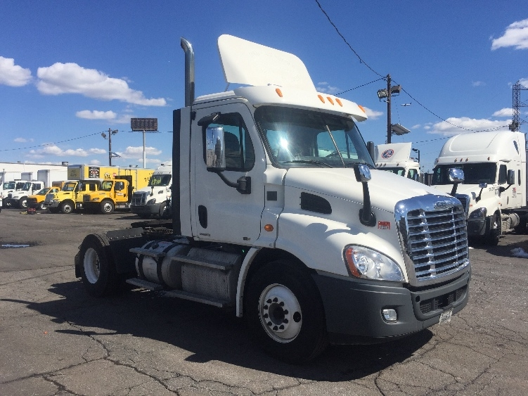 Day Cab Tractor-Heavy Duty Tractors-Freightliner-2012-Cascadia 11342ST-LINDEN-NJ-157,502 miles-$42,500