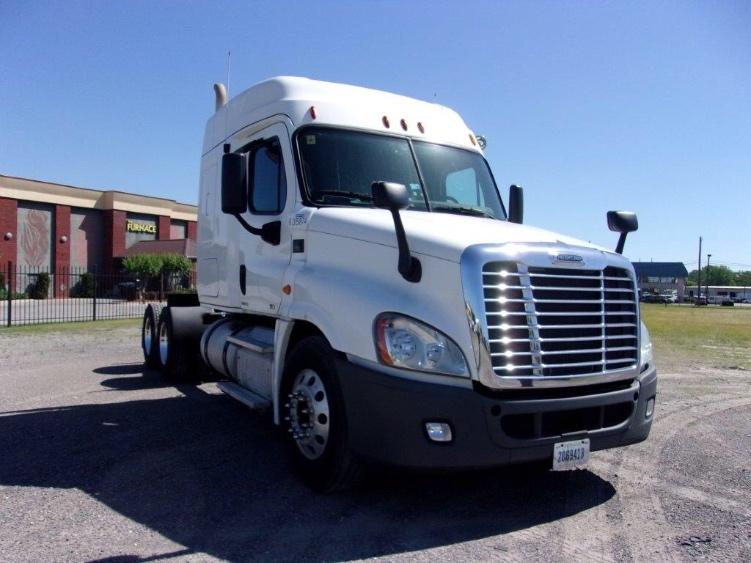 Sleeper Tractor-Heavy Duty Tractors-Freightliner-2012-Cascadia 12564ST-BIRMINGHAM-AL-618,078 miles-$33,500