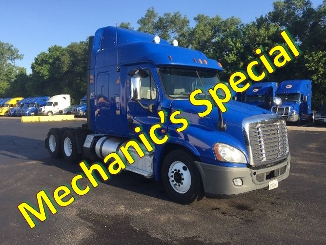 Sleeper Tractor-Heavy Duty Tractors-Freightliner-2012-Cascadia 12564ST-INDIANAPOLIS-IN-453,323 miles-$15,500