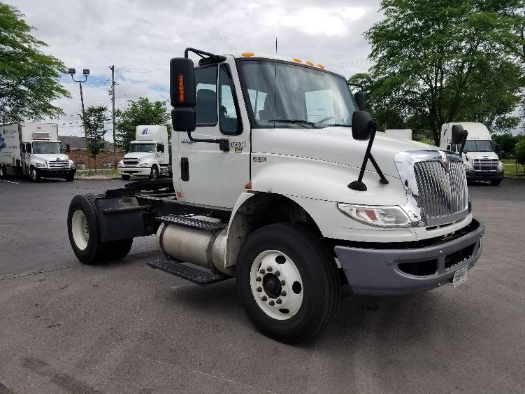 Day Cab Tractor-Heavy Duty Tractors-International-2012-4400-LEXINGTON-KY-187,739 miles-$33,750