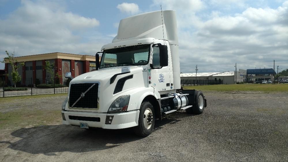 Day Cab Tractor-Heavy Duty Tractors-Volvo-2013-VNL42300-BIRMINGHAM-AL-551,773 miles-$23,750