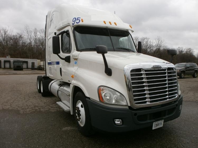 Sleeper Tractor-Heavy Duty Tractors-Freightliner-2012-Cascadia 12564ST-GRAND RAPIDS-MI-517,464 miles-$36,750