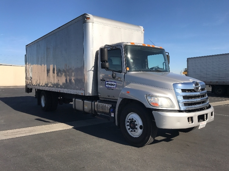 Medium Duty Box Truck-Light and Medium Duty Trucks-Hino-2013-268-TORRANCE-CA-106,316 miles-$49,750