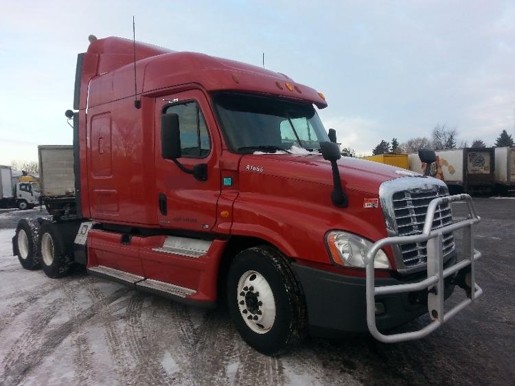 Sleeper Tractor-Heavy Duty Tractors-Freightliner-2012-Cascadia 12564ST-BROOKLYN PARK-MN-690,857 miles-$31,750