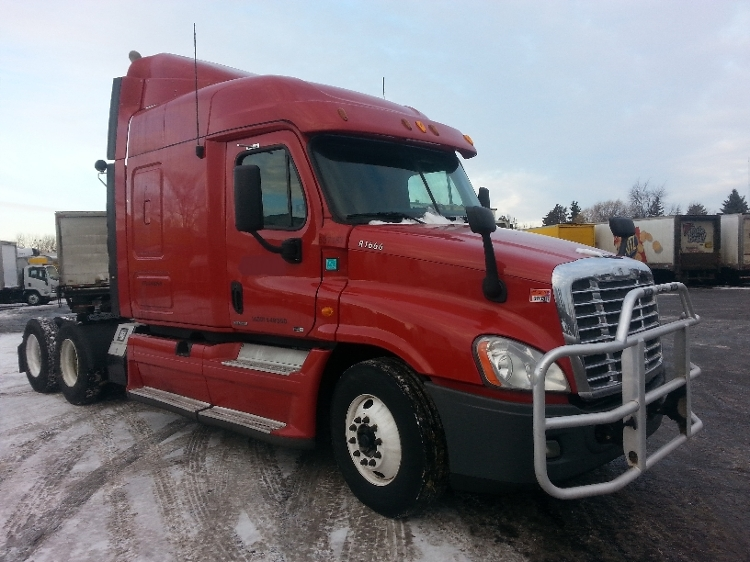 Sleeper Tractor-Heavy Duty Tractors-Freightliner-2012-Cascadia 12564ST-BROOKLYN PARK-MN-709,053 miles-$30,750