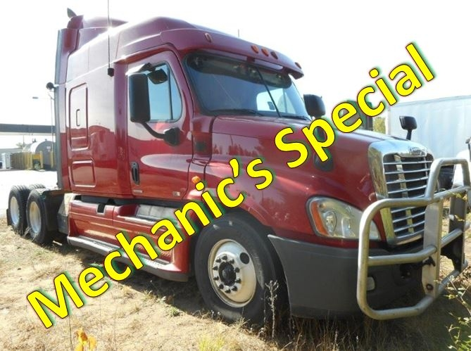 Sleeper Tractor-Heavy Duty Tractors-Freightliner-2012-Cascadia 12564ST-MILWAUKEE-WI-691,202 miles-$17,000