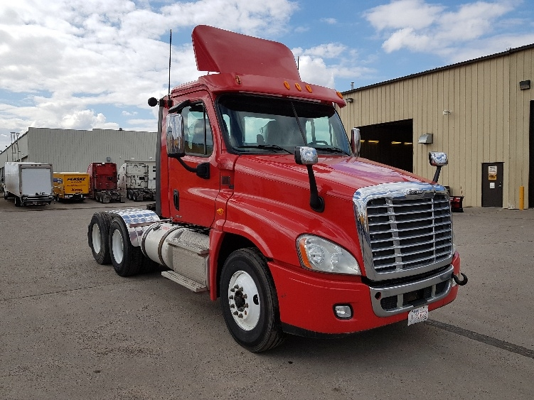 Day Cab Tractor-Heavy Duty Tractors-Freightliner-2012-Cascadia 12564ST-CALGARY-AB-547,392 km-$52,750