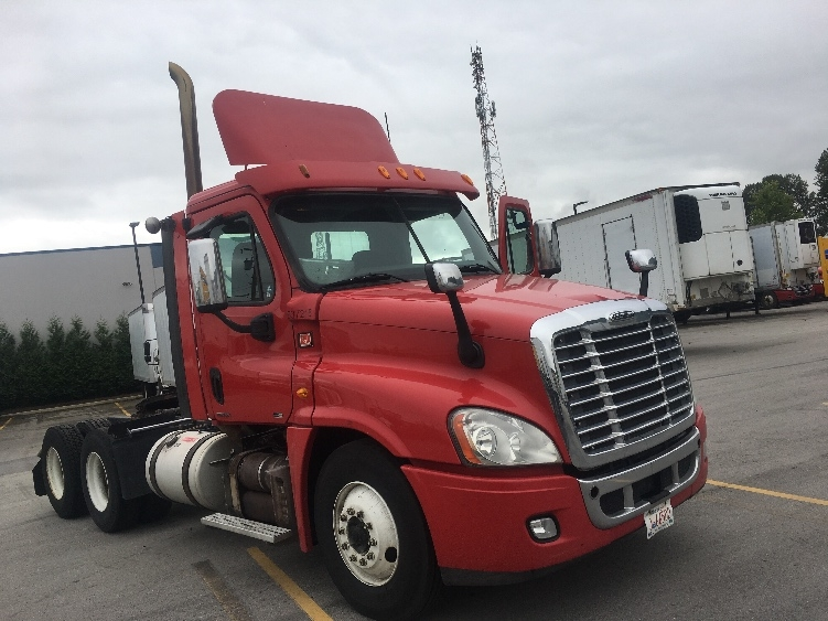 Day Cab Tractor-Heavy Duty Tractors-Freightliner-2012-Cascadia 12564ST-DELTA-BC-320,319 km-$47,500