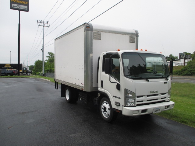 Medium Duty Box Truck-Light and Medium Duty Trucks-Isuzu-2012-NRR-KNOXVILLE-TN-187,600 miles-$22,750