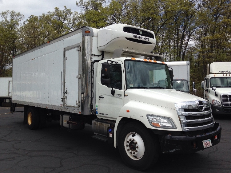 Reefer Truck-Light and Medium Duty Trucks-Hino-2013-338-BRAINTREE-MA-184,050 miles-$27,500